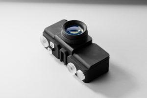 Appareil photo fabriqué entièrement à l'aide de résines classiques, y compris les objectifs optiquement transparents.