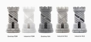 Tours imprimées à une hauteur de couche de100 microns sur une machine FDM de bureau et industrielle, une imprimante SLA de bureau (Form 2), et des imprimantes 3D industrielles SLA et SLS.