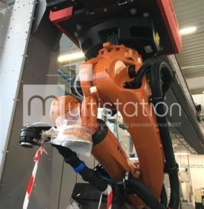 M210316-LUCAS-GANTRY-WITH-KUKA-ARM-1-ConvertImage