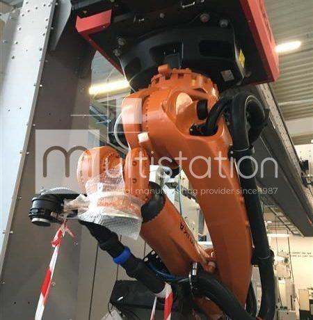 M210316-LUCAS-GANTRY-WITH-KUKA-ARM-1-ConvertImage